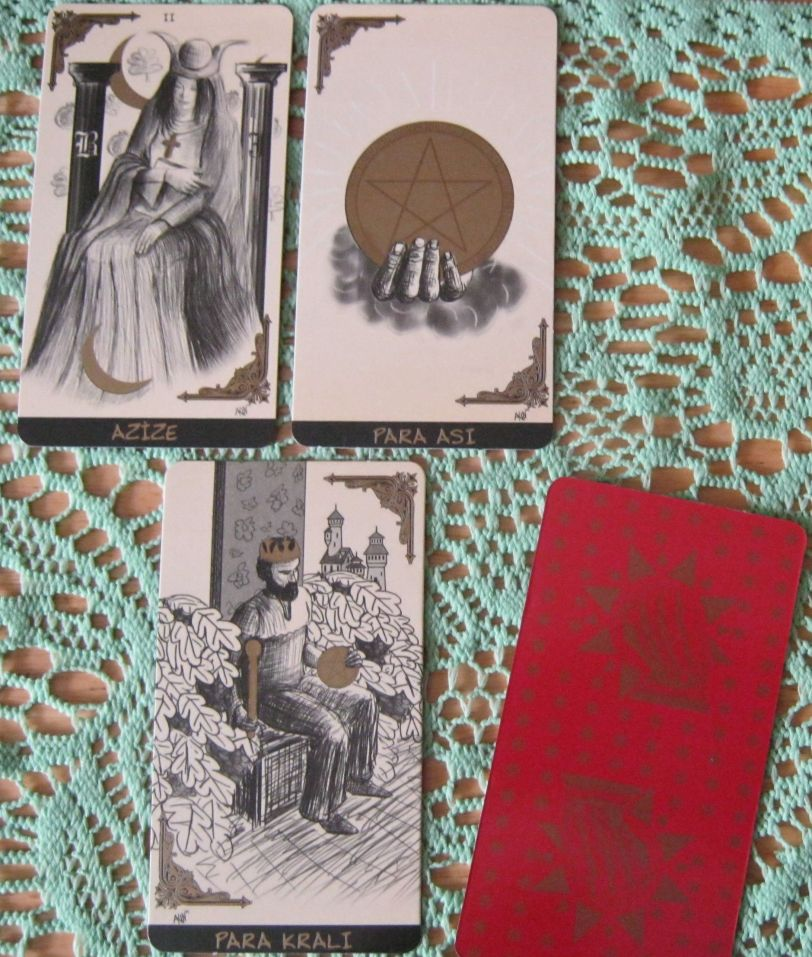 High Priestess, Ace of Pentacles, King of Pentacles