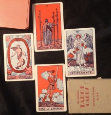 Seaqueen's Elements layout. De Laurence's Tarot cards No 20 D