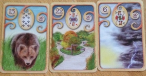 Magisches Lenormand Bear, Path, Clouds
